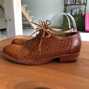 Frye Carson Perf Oxfords Shoes Size 8 Women's